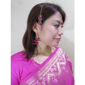 ピンク色の可愛い花のビジューにホワイトパールのフリンジがゆらゆらと揺れてかわいいヘア・アクセサリー、ティッカ tik044|mifashion