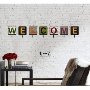 フック 壁掛けフック ウォールフック 2Way 粘着式 吊り下げ式 壁掛け式 アルファベット 正方形...