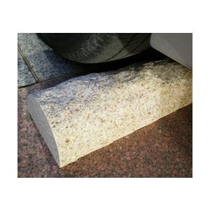 車止め 高級御影石 薪シンプルデザインベージュ色(幅43cmタイプ) りょう石|mikage|02