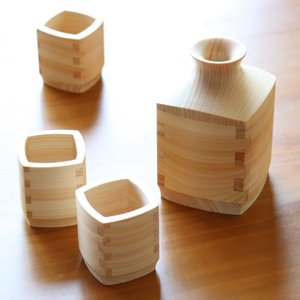 檜の酒器 角型ぐい呑みと徳利 4点セット mikura