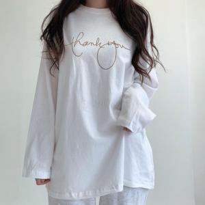 筆記体ロゴプリントT  ロンT  トップス ゆったり オーバーサイズ レディース 長袖 秋物|mimaca
