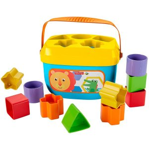 カラフルブロックを形あわせで入れて! 小さな手に持ちやすくて遊びやすい! 0種のカラフルブロックを並...