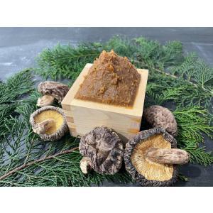 農家が昔ながらの木樽で作る無添加・無農薬のお味噌1kg 大豆は自家製滋賀県在来種『みずくぐり』使用【滋賀県WEB物産展】|minakuchi-farm