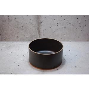 製品説明  ■カラー ブラック ■商品サイズ 約φ145×H72mm ※焼き上がり時の伸縮により、同...