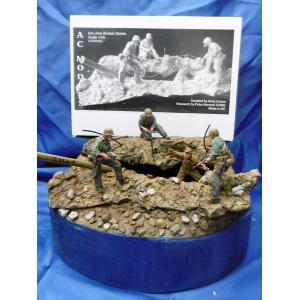 硫黄島 最後の抵抗 ビネット(フィギュア4体、ベース、野砲の砲身付き)Iwo Jima bunker scene with 4 fig, large base, artillery barrel 1/35 [ACM-35062]|miniature-park