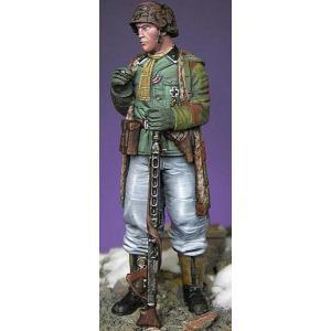 ドイツ国防軍 擲弾兵 中尉 アルデンヌ 1945年  Leutnant grenadier Ardennes 1945  1/35 miniature-park