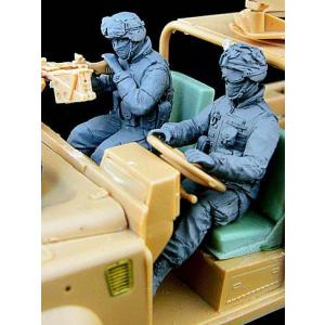 現用アメリカ軍 第75レンジャー連隊 ランドローバー(RSOV)チーム 運転手&銃手 アフガニスタン(2体入) US driver and gunner 1/35|miniature-park