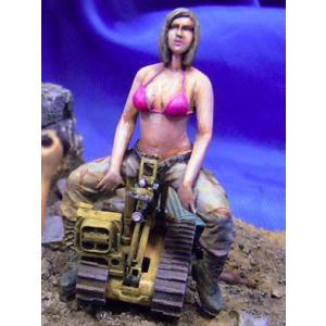 現用アメリカ軍 女性兵士 US Woman Soldier 1/35|miniature-park