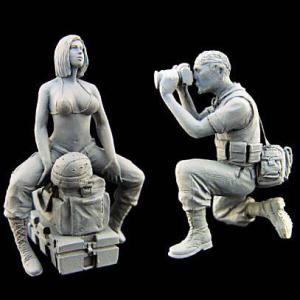 現用アメリカ軍 女性兵士&戦場ジャーナリスト(2体入)  US Woman Soldier -War Journalist  1/35|miniature-park