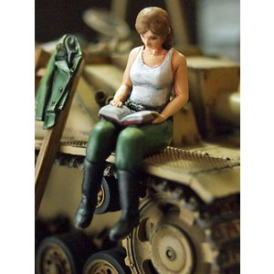 ドイツ陸軍 女性突撃砲兵 WWII ver.2 WWII German Army Assault gun crew vol.2  1/35[ML-090]|miniature-park