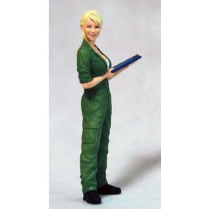 Ma.K.女性整備士(B)  マルティナ技士 Ma.K. Female Mechanic(B) 1/20 [MUS-04] 【セール対象外】|miniature-park