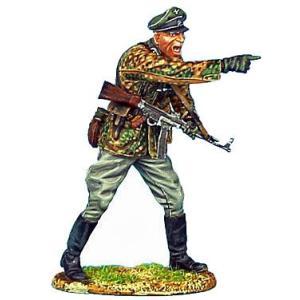 ドイツ軍 SS 装甲擲弾兵 STG44突撃銃を持つ将校  Waffen-SS Panzer Grenadier Officer with STG 44  60mm  [NOR013]|miniature-park