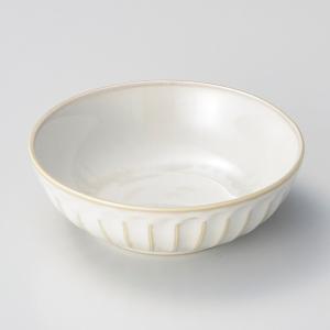 鉢 ボウル 盛鉢 おしゃれ ボール 窯変粉引そぎ 浅鉢 13.2cm 深皿 盛皿 お皿 食器 陶器|minopota