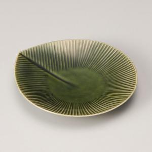 お皿 食器皿 取り皿 プレート おしゃれ MOREオリベ銘々皿 17.5cm 盛皿 食器 うつわ 陶器 minopota