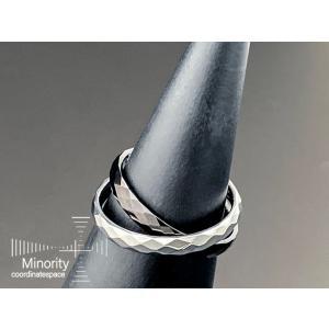 ≪レディース≫ タングステン × サージカルステンレス 耐金属アレルギー 2重リング 指輪 (ブラック×シルバー)11号|minorityplus