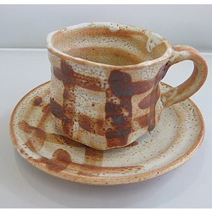 碗碗館 美濃焼 国産 手造り 紅志野 コーヒー碗皿 20%OFF ラッピング可|minoyakisquare