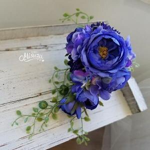 misuzu 薔薇ロイヤルブルー キャスケードコサージュ 卒業式 入学式 式典 結婚式 謝恩会 064|misuzu1187