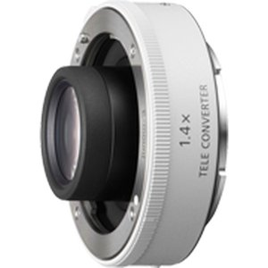 レンズの焦点距離を1.4倍(SEL14TC)/2倍(SEL20TC)に伸ばす 高性能テレコンバーター