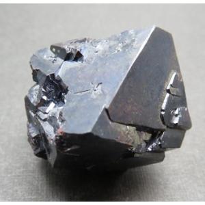 12318 赤銅鉱 近年希なシベリア産 大型完全結晶 順次値上がり中 : 瑞浪鉱物展示館 【送料無料】|mm-museum