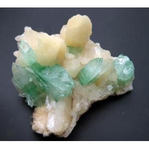 13546【上級品 値下げ】弗素魚眼石-(K) Fluorapophyllite-(K) KCa4Si8O20F.8H2O Ahmednagar District インド産 : 瑞浪鉱物展示館|mm-museum