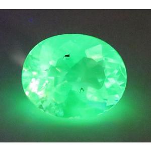 15002【注目の品】【強烈な緑の蛍光】 ハイヤライト オパール 2.19ct 玉滴石 無色透明 メキシコ産 : 瑞浪鉱物展示館 【送料無料】|mm-museum