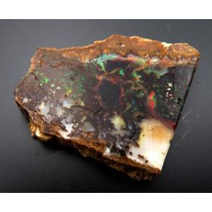 15668【外国鉱物標本】 木化タンパク石 ウッドオパール 有名なバージンバレー産 赤緑の遊色 : 瑞浪鉱物展示館 【送料無料】|mm-museum