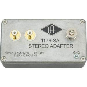 2台の1176LN/1176AEをステレオリンクするためのアダプター