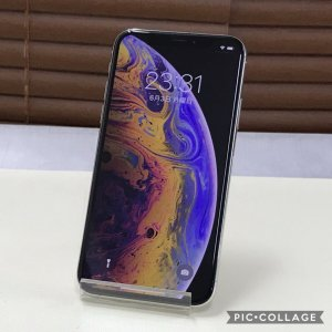 iPhone Xs 64GB 本体 SIMフリー 美品 海外版SIMフリー Silver シルバー ...
