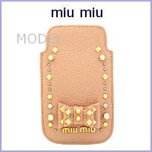 ミュウミュウ miu miu MIUMIU iPhoneケース 新作 スタッズ 5ARE42|model