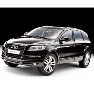 1/18 20%OFF  京商 ミニカー  アウディ Q7 ブラックレッド メタリック Audi Q7 Black Red Metallic|modelcarshop-ss43