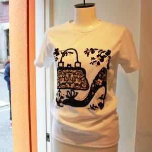 Tシャツ BAG&パンプス ビーズ&スパンコール  白ティー ワンポイント  ウーマン キラキラ レディース  modisteclub