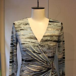 ラップドレス Calvin Klein プリント ジャージワンピース 大人 インポート レディース|modisteclub|05