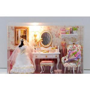 ドールハウス ミニチュア 手作りキット セット ウェディング ドレス 結婚式 場   花束 ブーケ LEDライト + アクリルケース付