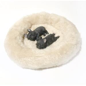 フィギュア マグネット 犬 ふわふわ ベッド付 本物そっくり 磁石 ( すやすや フレンチブルドッグ( ブリンドル ( ブラック ) ) 2匹 )