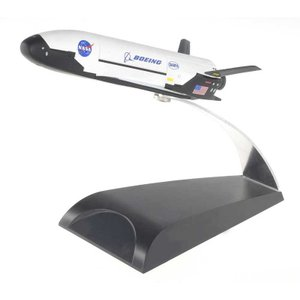 スペースドラゴンウイングス 1/72  X-37 無人宇宙機(滑空テストVer.)(DRW50386...
