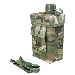 樹脂製2リットル水筒です。 カモフラージュバックには、手さげストラップとショルダーベルトも付いていま...