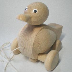 アヒルのプルトーイ 木のおもちゃ チェコ製 出産祝い 1歳 2歳 誕生日プレゼント|mokuguru