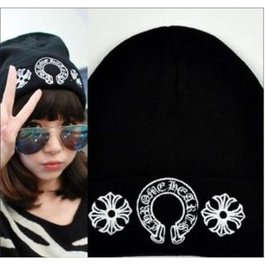 クロムハーツ風 ニットキャップ ニット帽 CH ホースシュー ロゴ刺繍 帽子ワッチキャップ 黒 ビーニー