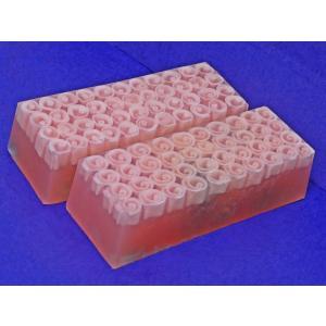 ハンドメイド石鹸(オリエンタルローズ) ソープバー(11カット+アルファ分) 1本|montedo