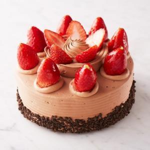 生チョコデコレーション(直径約15cm)【店鋪受取】*お受け取りの3営業日前までにご予約ください。*当日・翌日のお引渡しできません。|monterosa-cake