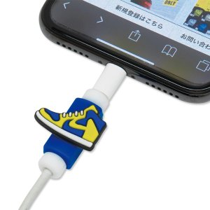 USB ケーブル プロテクター KICKS|mooneyes