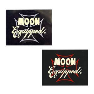 MOON Equipped (ムーン イクイップド)   Iron Cross ステッカー|mooneyes