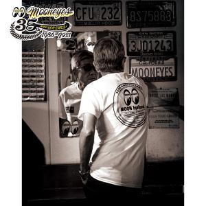 ムーンアイズ MOONEYES 35th Anniv. ラウンド ロゴ Tシャツ|mooneyes