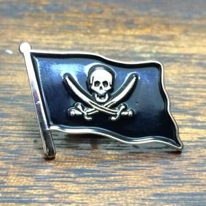 海賊旗 ピンバッジ Jolly Rogers Pin ジョリーロジャー  ピンズ クロスボーン スカル 骸骨 ドクロ ガイコツ どくろ Skull Flag Pins