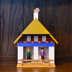 ドイツ木工芸品 天気予報の家 黄土色の屋根 黒い森 motomachi-takenaka