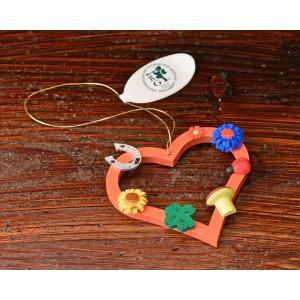 ドイツ木工芸品オーナメント・幸運のお守り ハート てんとう虫 キノコ 四葉のクローバー 馬蹄|motomachi-takenaka