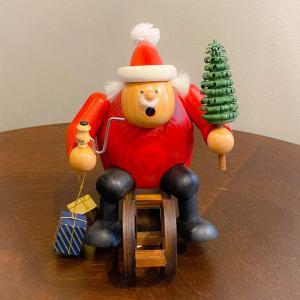 ドイツ木工芸品 煙出し人形 ソリに乗ったサンタクロース サンタ|motomachi-takenaka