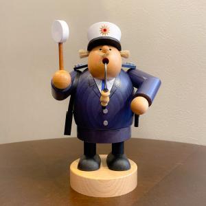 ドイツ木工芸品 煙出し人形 警察官 お巡りさん|motomachi-takenaka