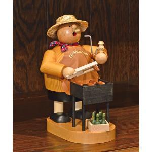 ドイツ木工芸品 煙出し人形 焼きソーセージ売り Grillmeister|motomachi-takenaka