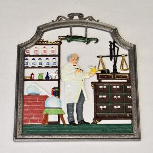 ドイツ錫(すず)飾り 職業シリーズ 薬剤師|motomachi-takenaka